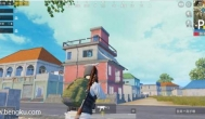 刺激战场:如何在P城生存下来?吃鸡如何跳房顶